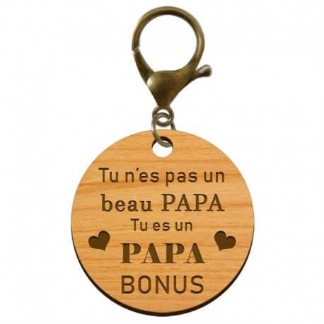 """Porte-clé PAPA Bonus """"Tu n'es pas un beau Papa, tu es un PAPA Bonus"""" personnalisé en bois - macreationperso"""