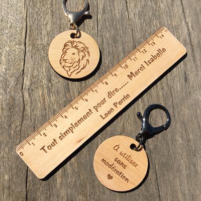 Règle personnalisée + porte-clés en bois personnalisable